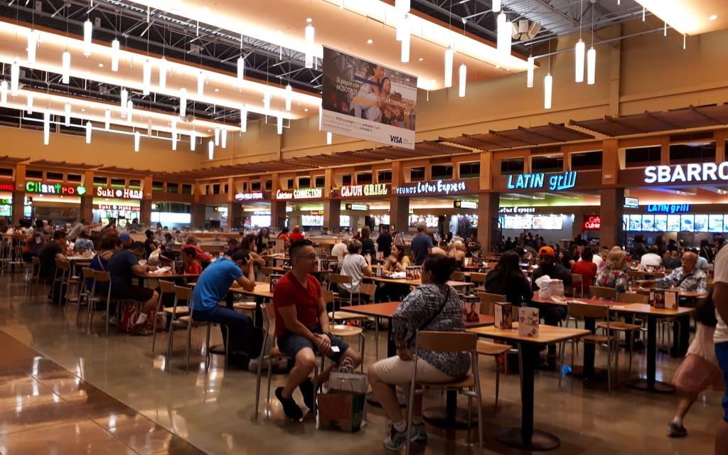 Dolphin-Mall-Miami-Food-Court