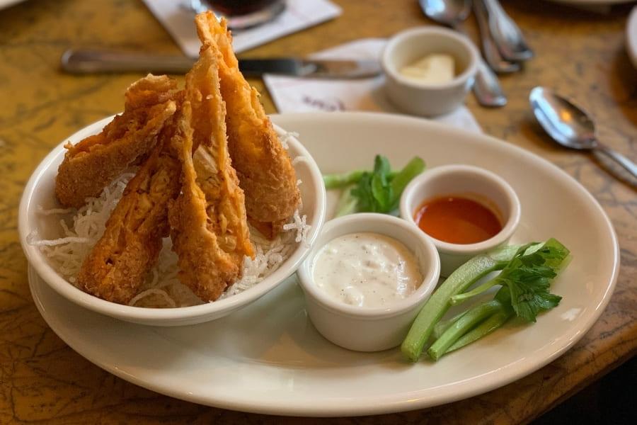 Buffalo Chicken Rolls im Grand Lux Cafe Sawgrass Mills Miami Fort Lauderdale